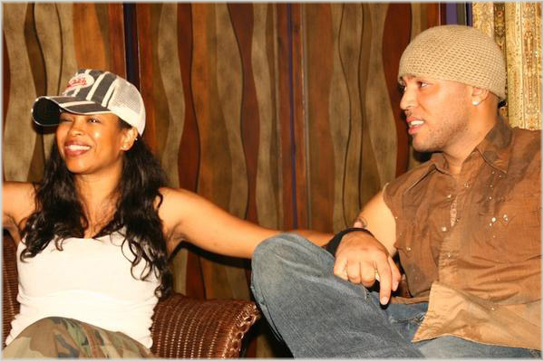 Dawn Robinson and Husband Andre Allen in 2007, via ThatGrapeJuice.net Source: https://thatgrapejuice.net/2008/01/dawn-robinsons-ex-husband-calls-her-out/