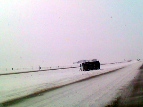 eric-hepperle-winter-car-wreck-iowa-2010-02-02-119.01